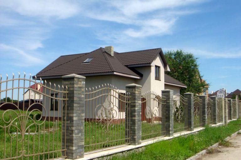 Продаётся дом 226 кв.м. - с. Креничи, Обуховский р-н (03)