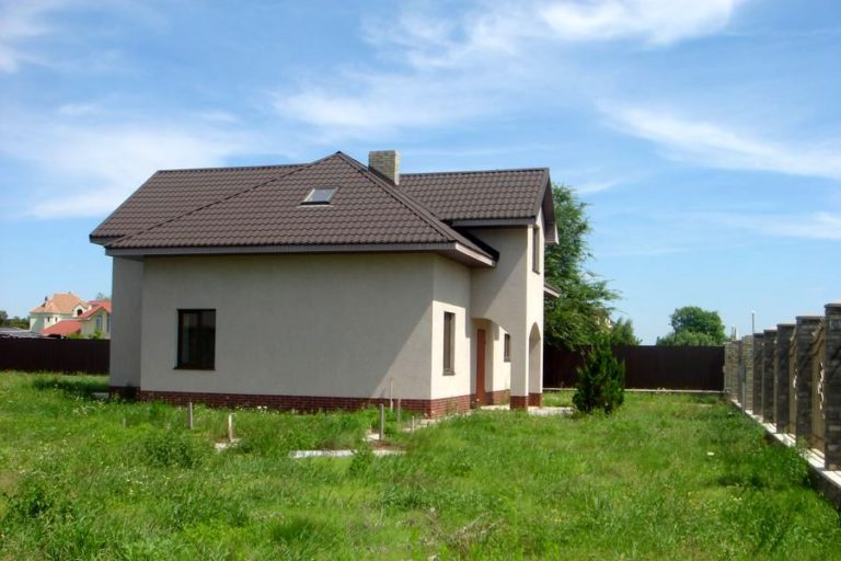 Продаётся дом 226 кв.м. - с. Креничи, Обуховский р-н (04)