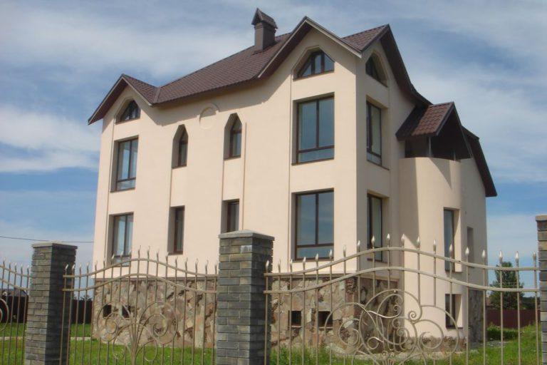Продаётся дом 528 кв.м. - с. Креничи, Обуховский р-н (03)