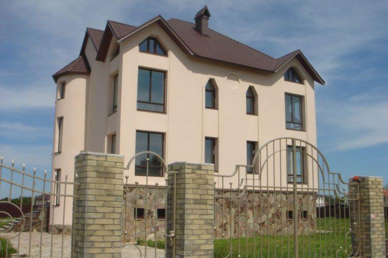 Продаётся дом 528 кв.м. - с. Креничи, Обуховский р-н (04)