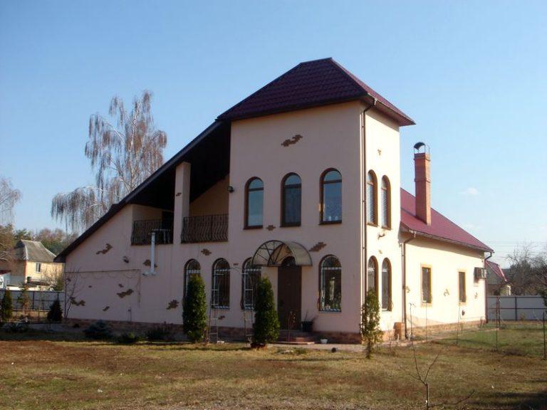 Продаётся дом 300 кв.м. - с. Подгорцы, Обуховский р-н (01)