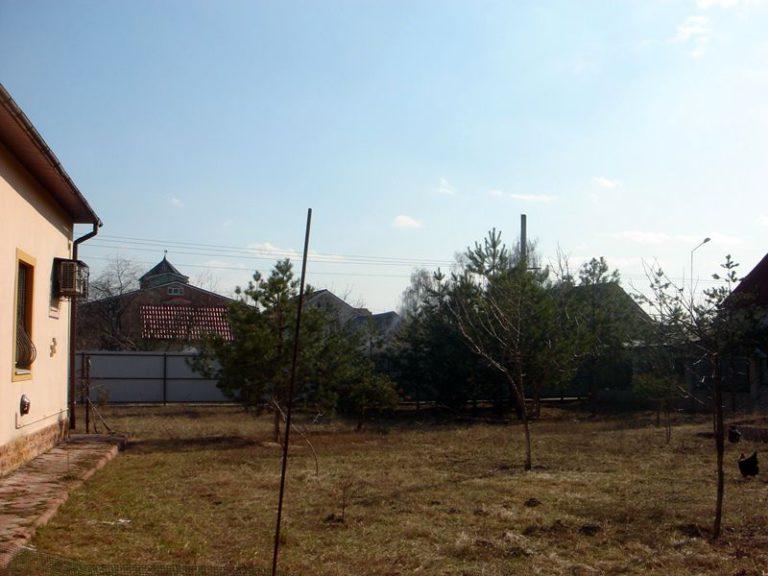 Продаётся дом 300 кв.м. - с. Подгорцы, Обуховский р-н (02)
