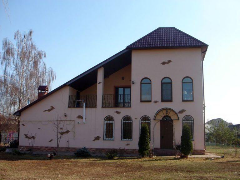 Продаётся дом 300 кв.м. - с. Подгорцы, Обуховский р-н (03)