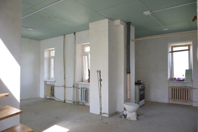 Продаётся квартира двухуровневая - Киев, ул. Мазепы, 3 (03)
